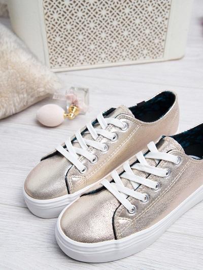 złote obuwie