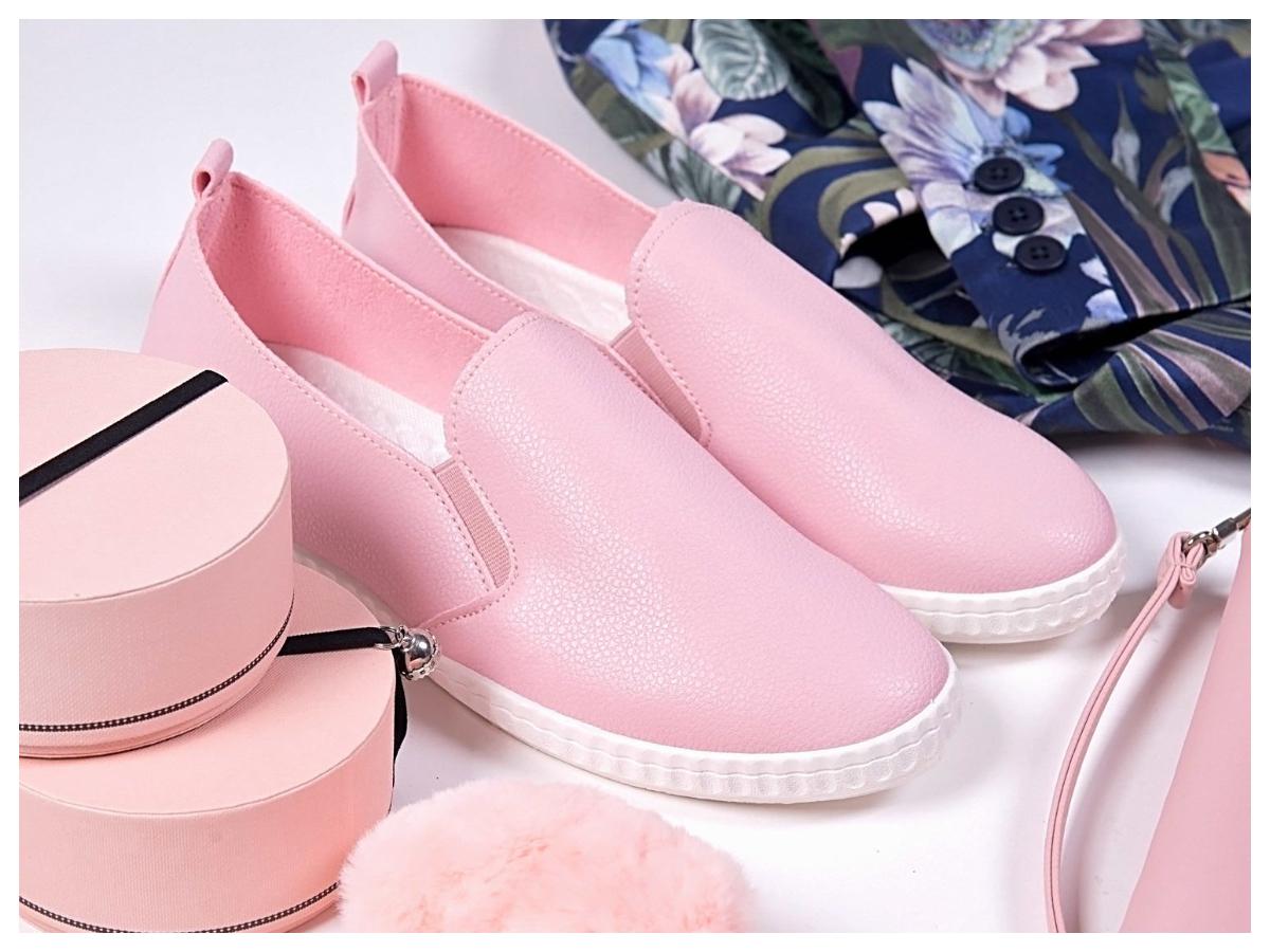 buty slip-on w kolorze różowym